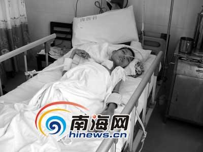 海南产妇剖腹产昏迷3个月 百名村民要医院解释
