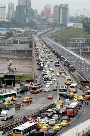 图文:重庆石板坡长江大桥复线桥即将通车
