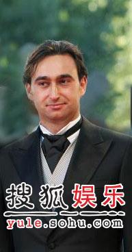 图:威尼斯闭幕盛典 俄罗斯男星亮相