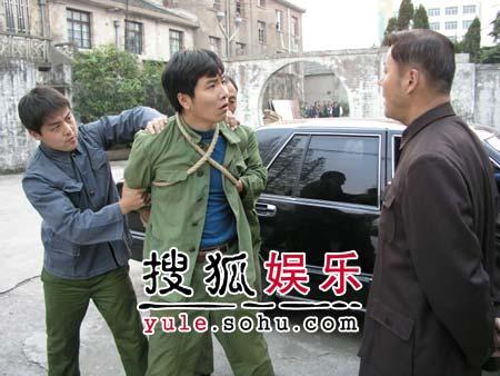 《海之门》荆浩接棒范伟 李雪健钦定杜源(图)