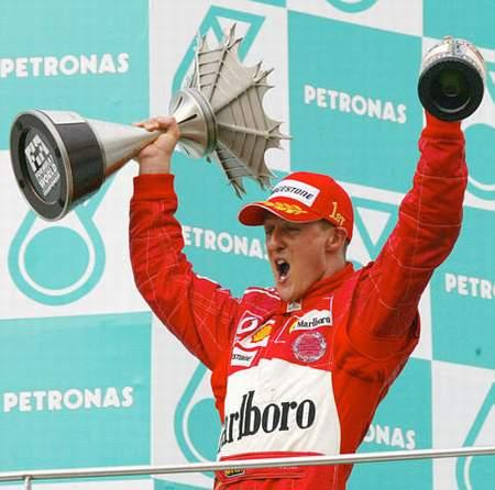 图文:车王职业生涯 2004赛季在雪邦的怒吼