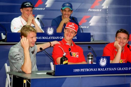 图文:舒马赫职业生涯 1999年马来西亚站发布会