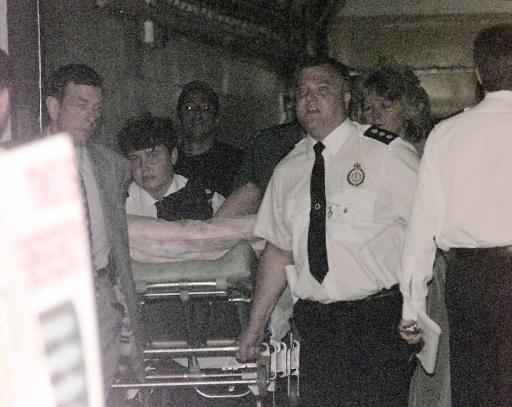 图文:舒马赫职业生涯 99年英国站因事故撞断腿