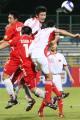 图文:亚少赛中国1-2朝鲜 门前混战