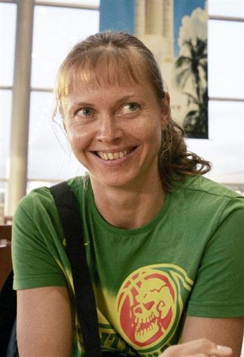 图文:立陶宛女篮法国转机 队长丽娜