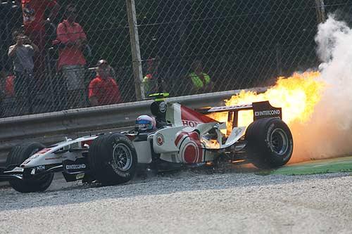 本田启用新引擎太冒险 法拉利力争冠军不会效仿