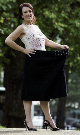 组图:英国女子获世界年轻女性减肥年度最佳小姐