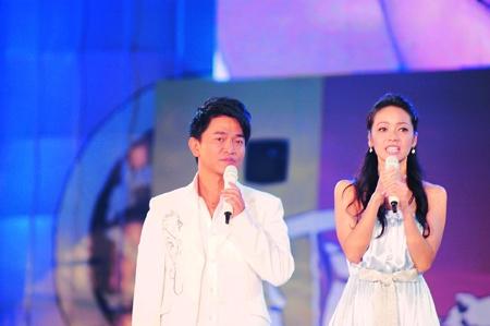 吴宗宪唱周董歌曲 侯佩岑自言与林志玲是好友