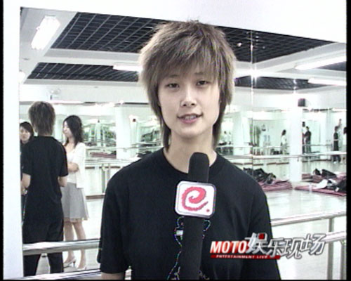 《娱乐现场》独家专访:李宇春皇后首唱彩排