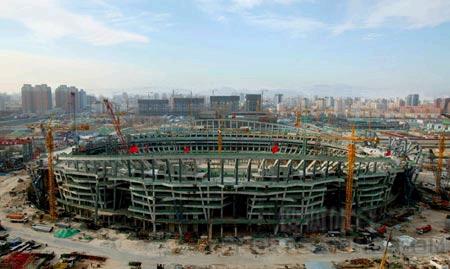 国家体育场鸟巢混凝土主体结构提前封顶(图)