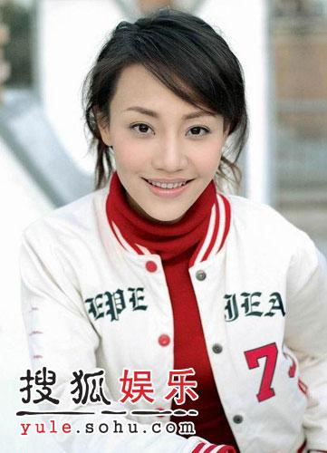 演而优则唱 潘娟加盟太格印象成为胡杨林师妹