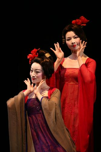 叶锦添设计 台湾汉唐乐府来京表演《艳歌行》
