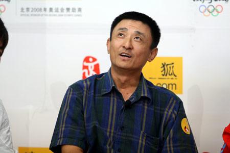 叶京搜狐放炮:冯小刚张艺谋把中国电影做死了