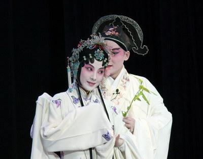 青春版《牡丹亭》美巡演 柏克莱加大首演成功