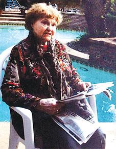 份移民美国嫁给犹太人 八旬女纳粹被逐