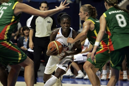 女篮世锦赛:五到八名排位赛 法国捷克双双获胜