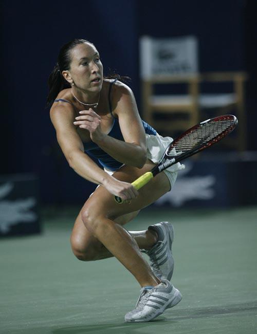 图文:中网女单半决赛 扬科维奇飞驰于底线