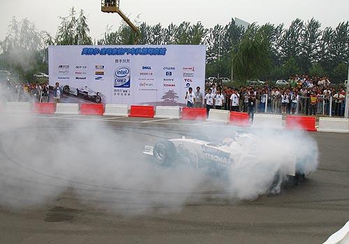 近距离接触首位波兰F1车手 库比卡谈舒马赫退役