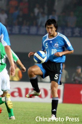 图文:北京主场1-0大连 小将冯潇霆神勇依旧