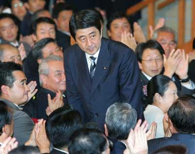 安倍晋三将尽全力争取中日峰会 摆出向前看姿态