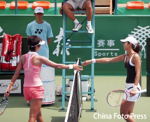 广州网球公开赛揭幕 中国内战孙甜甜2-0胜李婷