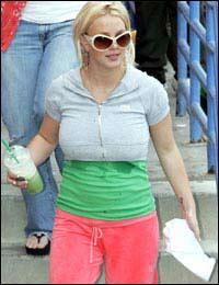 体重激增18公斤 布兰妮减肥靠运动及喂母乳(图)