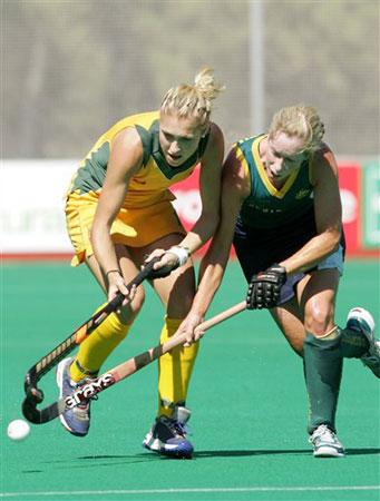 图文:06女曲世界杯首日 澳大利亚击败南非