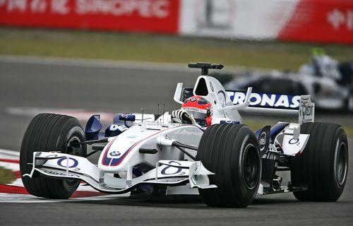 图文:F1中国大奖赛周五练习 维特尔表现良好