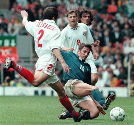 图文:皮耶罗蓝衣生涯回顾 1996欧洲杯初出茅庐