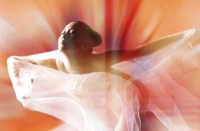 是本人体艺术_资料图片:人体艺术 游走于艺术与低俗间的魅惑 》》详细