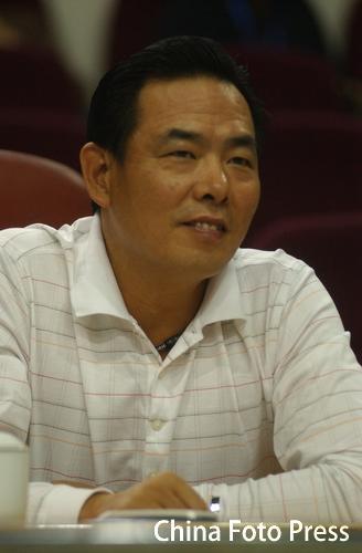 图文:2006女乒世界杯第二日 蔡振华莅临现场