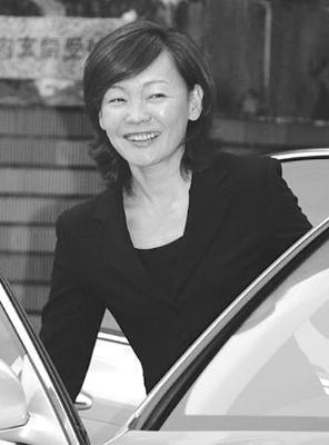 日本五年没有第一夫人 安倍夫人可比希拉里(图)