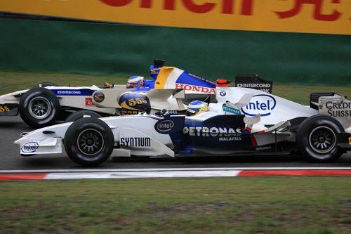 图文:舒马赫赢得F1中国站 宝马与本田的较量