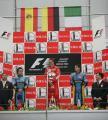 图文:舒马赫获F1中国站冠军 奏响胜利者的国歌
