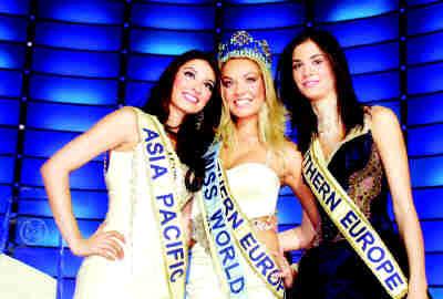 400多名来自世界各地的美女参加了本届世界小姐大赛