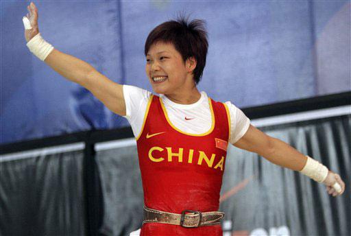 举重世锦赛:杨炼破三项纪录 丘乐蝉联世界冠军