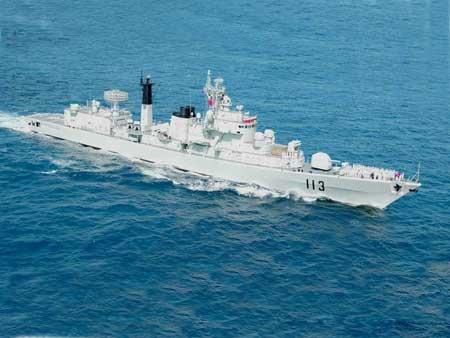 资料图:青岛号导弹驱逐舰