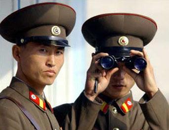 韩国士兵连开40枪 警告5名朝鲜越界军人(图)