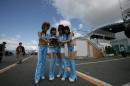 图文:F1日本大奖赛美女车模广角镜 红肥绿瘦1