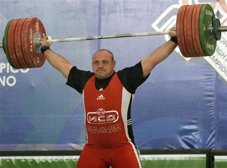 图文:06举重世锦赛 乌达赫获得银牌