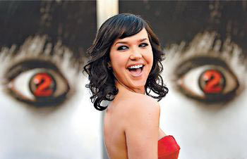 《不死咒怨2》洛杉矶首映 陈冠希全家赴美捧场
