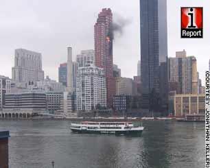 资料:被撞击的50层高公寓式大楼已有30年历史