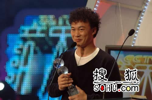香港地区最受欢迎男歌手-陈奕迅