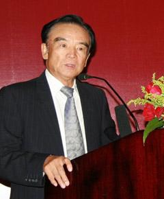 刘鸿儒,银行家论坛