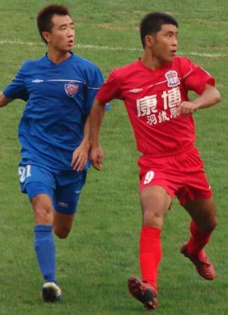 保级大战陈栋梅开二度 海信主场0-2负上海康博