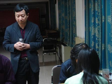 组图:第二届百灵杯8强战 曹大元陪伴杨晖出战