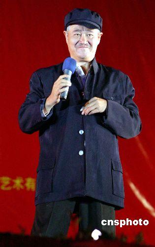 赵本山揭底 炮轰《落叶归根》虚报投资2000万