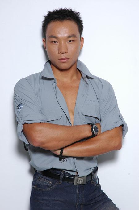 图文:《我是冠军》选手介绍 谭石峰