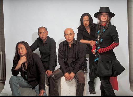 摇滚乐队海报-十二年之后的再次轮回 星光现场征服所有听众