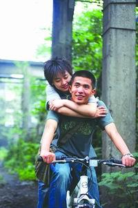 第19届东京电影节参赛影片:《十三棵泡桐》